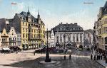 Ein Triebwagen der elektrischen Straßenbahnen auf dem Marktplatz, um 1910, Bildnummer: bbv_00385