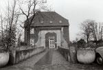 Dransdorfer Burg, Fotografie um 1980, Bildnummer: bbv_01117