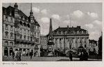 Ein Triebwagen der elektrischen Straßenbahn auf dem Marktplatz, um 1920, Bildnummer: bbv_00611