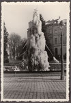 Vereister Brunnen am Beethovenplatz, Fotografie 1950, Bildnummer: bbv_01218