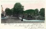 Kaiserplatz um 1900 - im Hintergrund sind die geöffneten Schranken am Bahnübergang zu erkennen, Bildnummer: bbv_00409