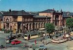 Straßenbahnen und Busse vor dem Hauptbahnhof um 1955, Bildnummer: bbv_00311
