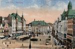Zwei Triebwagen der elektrischen Straßenbahnen auf dem Marktplatz, um 1910, Bildnummer: bbv_00386