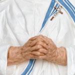 statua Madre Teresa di Calcutta cm 150 - mani