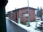 Von der Bühne des Zuges aus - der schöne Bahnhof Neudorf.