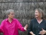 Françoise et Agnès :  http://www.tamm-kreiz.bzh/groupe/7157/Fran%C3%A7oise+et+Agn%C3%A8s