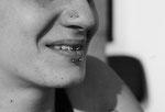 double piercing au nez nosetril  et piercing smiley realisé par Piou Abitbol chez Lucky30 à nîmes