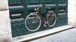 Façon originale de protéger son vélo ...