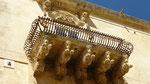 Noto: un des balcons du palazzo Nicolaci
