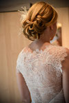 Brautkleid aus Seide mit Spitze