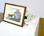 "Giulio Paolini ""Eclipse"", 1986 Photographie, zershlagenes Tonpferd 115 x 60 x 60 cm, Ed. 4/6"