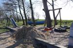 Spielplatz am Hafen von Orth