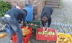 Hier werden die Äpfel gewaschen