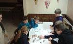 Die Kinder beim Brettspiel