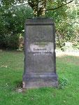 Grabmal auf dem Marienfriedhof in Hildesheim