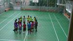 テニスコート兼フットサルコートでのトレーニング