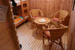 Saunaraum mit Sitzecke und 2 Liegen