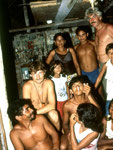 Hinten rechts: Das bin ich vor 23 Jahren, neben mir Marivaldo und daneben seine Mutter Theresina.