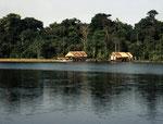 Casa am Rio Javari.