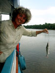 Eva fängt diesen Raubwels immer beim Fischen bzw. Angeln von Piranhas.