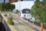 Alle warten auf den Zug