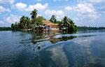 Inseltempel Kothduwa im Matu Ganga River, Sri Lanka