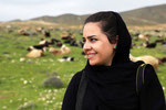 Junge Frau der Quashqaei-Nomaden