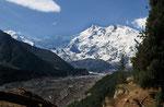 Nanga Parbat (8.125 m) mit Rakhiot-Gletscher, Pakistan