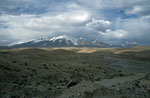 Pamir-Hochfläche mit Kongur (7.649 m) im Hintergrund, Xinjiang-Provinz, VR China
