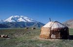 Viehweiden am Mustagh Ata (7.509 m), Pamir, Provinz Xinjiang, VR China