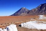 Grenze Chile-Bolivien am Hito del Cajón (4.480 m)
