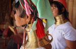 Frauen vom Stamm der Kayan Padaung, Ywama , Inle-See