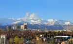 Teheran mit Alburz-Gebirge