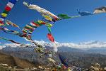 Pang-Pass (5.150 m) mit Blick zu den Achtausendern der Himalaya Hauptkette, Tibet