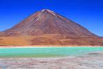 Laguna Verde mit Vulkan Licancabur (5.920 m), Bolivien