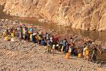 Wäsche im Fluss