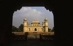 Idmad-ud-Daula Tomb, Agra