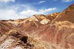 Farbige Berge bei Rayen