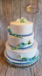 Wit met blauw, Grieks lint en suiker Fresia's