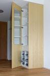 Garderobe mit inliegenden Gitterschubladen