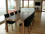 Nussbaum Tisch