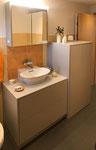 Badmöbel mit viel Stauraum, inkl. Waschmaschinenschrank