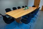 Konferenztisch Kirschbaum furniert