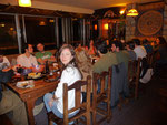 That´s how hostel-life can look like... having a potluck dinner in Bariloche