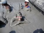 Cartagena, Enjoying a massage in the mud
