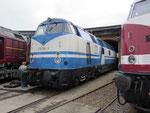 Mit der 228 758-9 war auch eine remotorisierte Lok der BR V 180 mit sechs Achsen vertreten. Sie gehört heute der Rennsteigbahn.