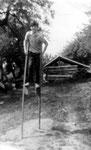 Als Stelzengeher 1968