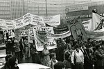 © Merit Schambach, www.wir-waren-so-frei.de / Demo Alexanderplatz 4.11.1989