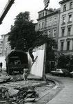 © Ralf Skiba, www.wir-waren-so-frei.de / Abbau der Mauer Fritz-Heckertstr. (Heute Engeldamm/Bethaniendamm)