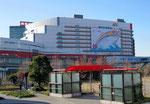 咲洲大型ビルボードサイン掲出風景